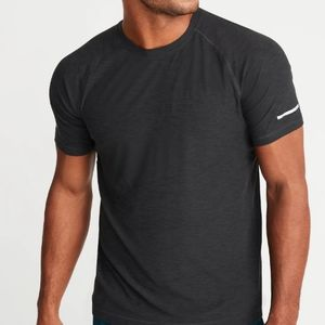 Old navy active core men's t-shirt NWT Charcoal